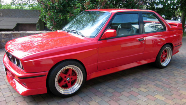 Performance Trackday Cars: BMW M3 16V E30 Johnny Cecotto