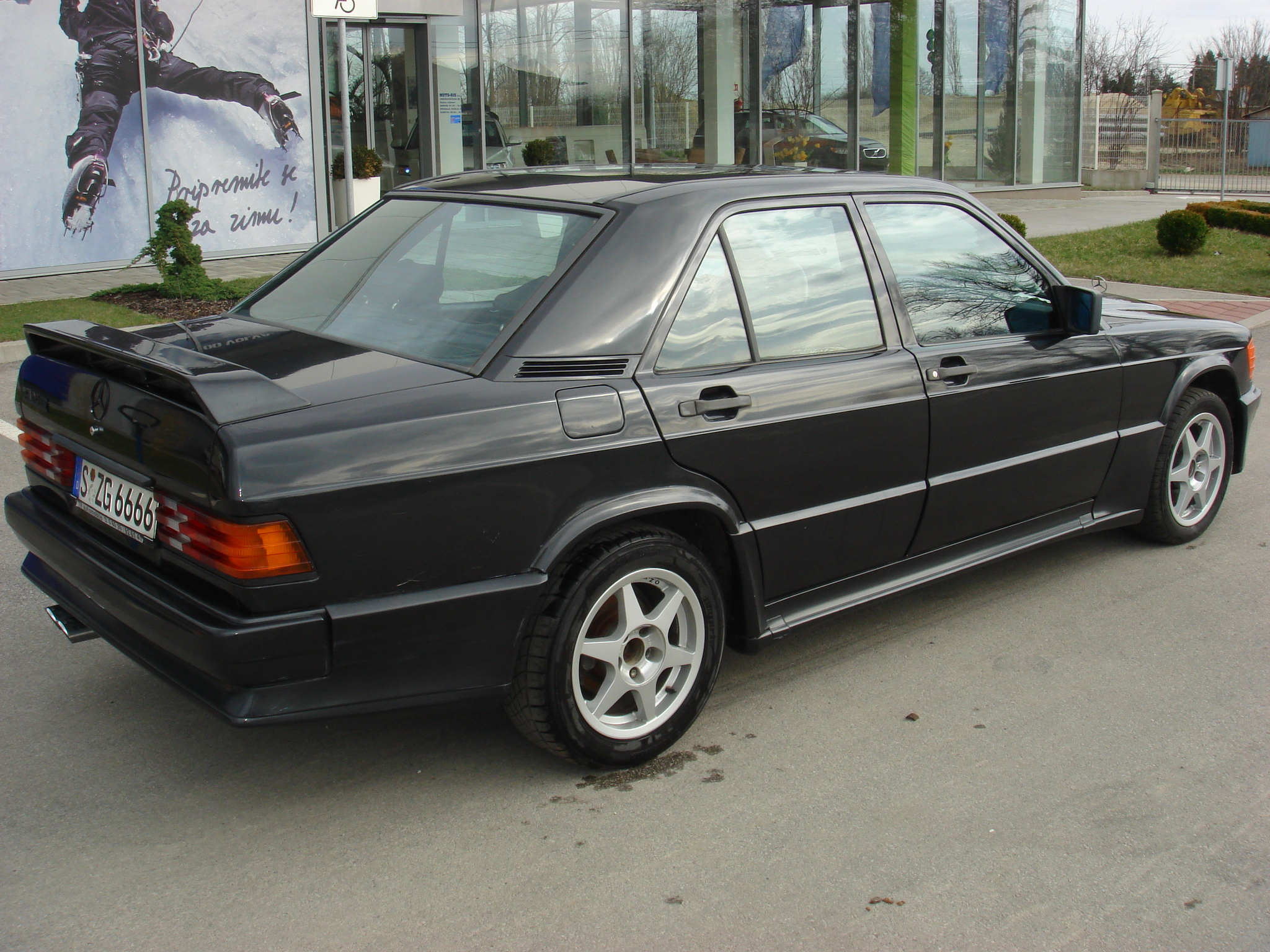 Mercedes 190e 2 3 16 amg performance trackday cars for for Mercedes benz 190e 2 3 16 for sale