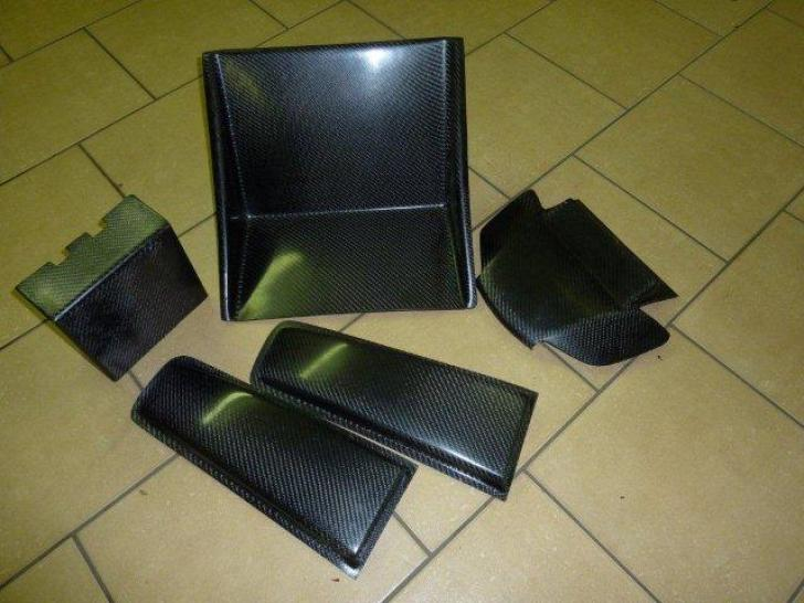 Ford Fiesta R2 Carbon Aramid Mix Parts Rally Car Parts