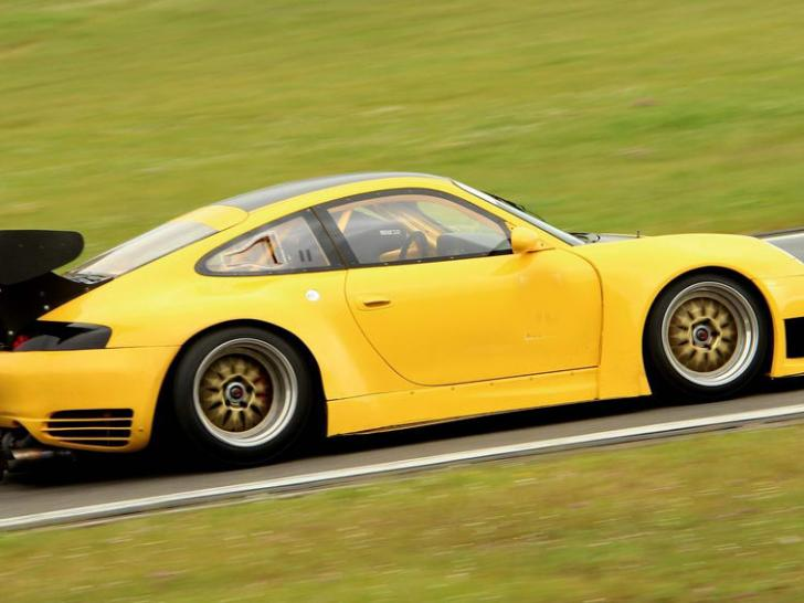 porsche gt2 730 ps race cars for sale at raced rallied rally cars. Black Bedroom Furniture Sets. Home Design Ideas